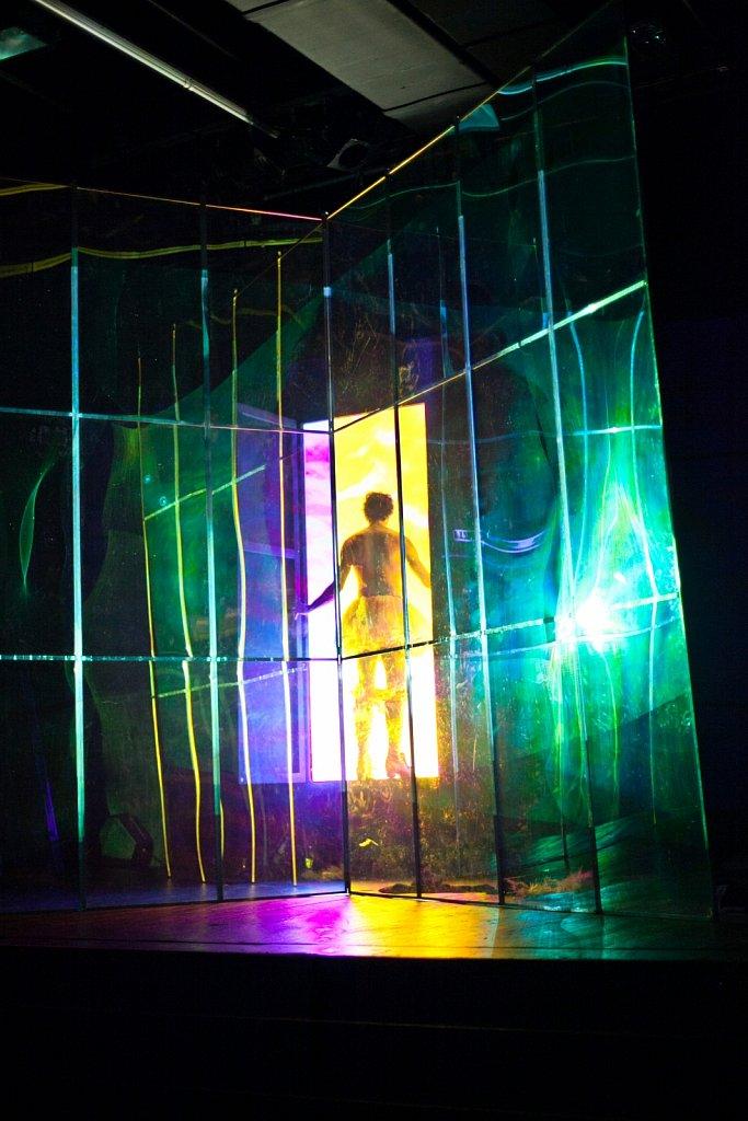 Phädra (2012) >/p> Bühne / Kostüme